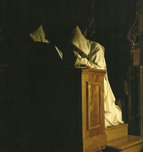 monaci-certosini-in-preghiera.jpg