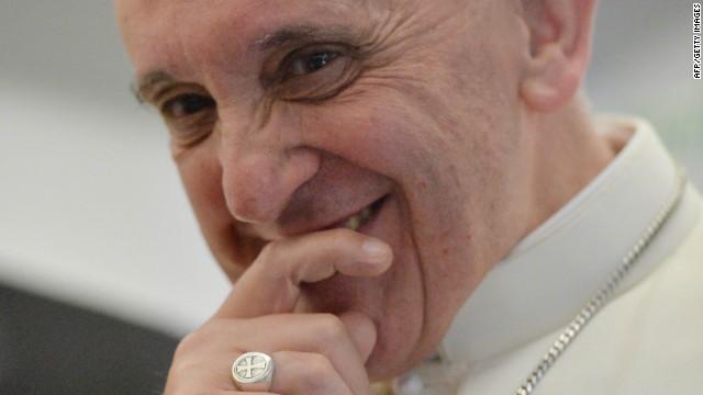 131107123616-pope-francis-smiles-horizontal-gallery